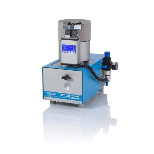 Maszyna do odizolowania i zagniatania AM 02.1 C
